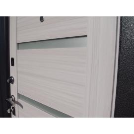 Входная дверь Ратибор Ника (Сандал белый)